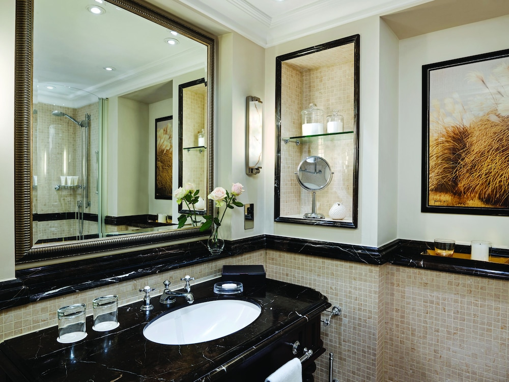 Bathroom, The Langham, London
