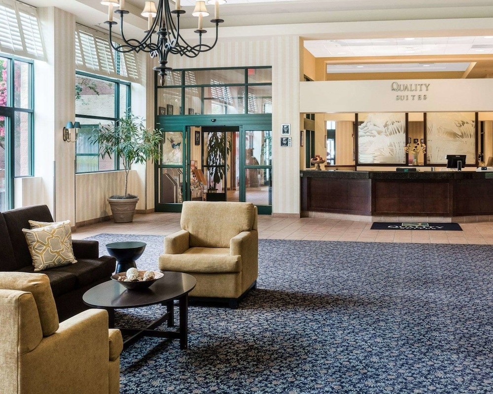 Quality Suites Lake Wright   Norfolk Airport In Norfolk ...