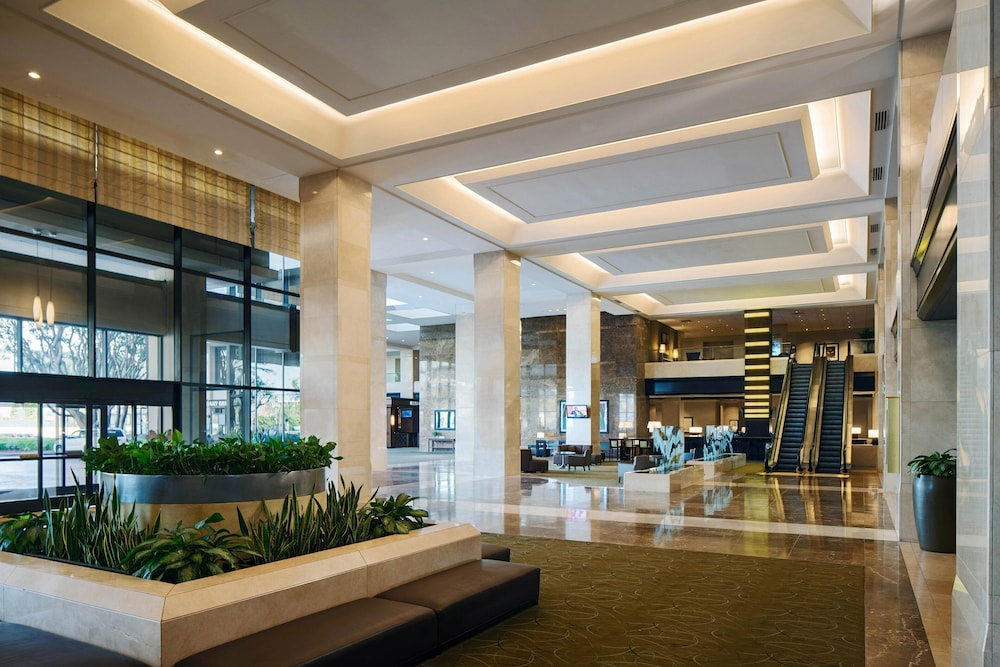 Lobby, The Westin Los Angeles Airport
