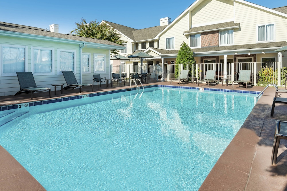 Outdoor Pool, Residence Inn by Marriott Charlotte University Research Park
