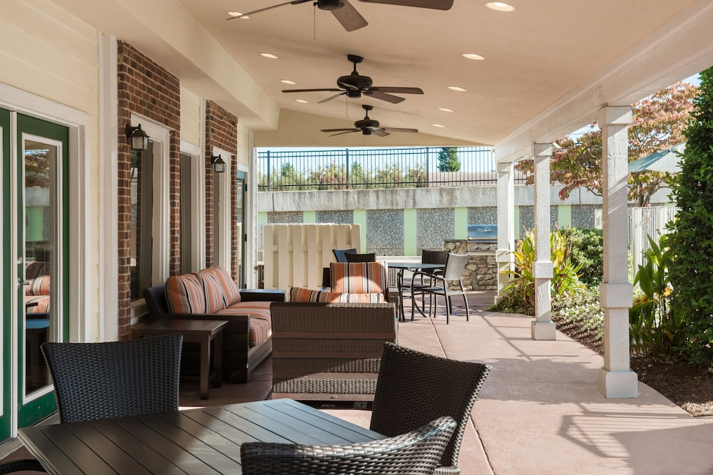 Terrace/Patio, Residence Inn by Marriott Charlotte University Research Park