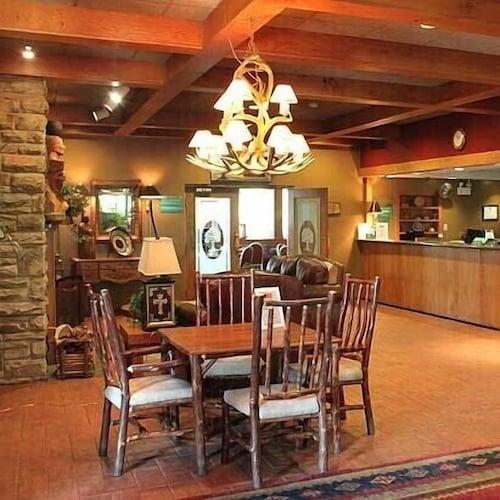 Great Place to stay Chestnut Tree Inn Cherokee near Cherokee