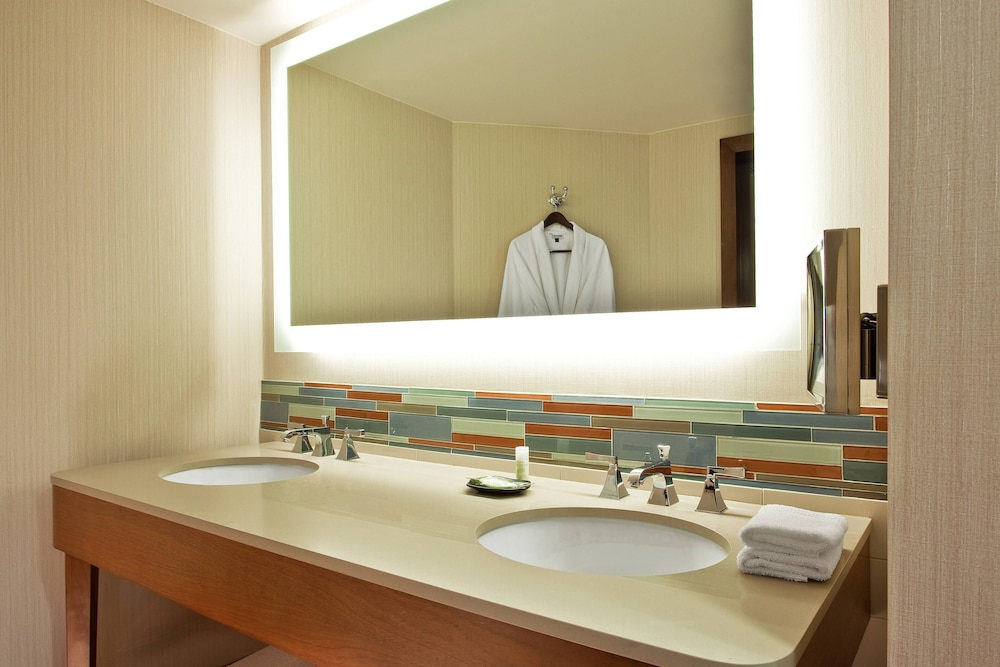 Bathroom, The Westin Hilton Head Island Resort & Spa