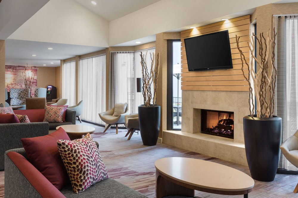 Interior, Courtyard by Marriott Philadelphia Willow Grove