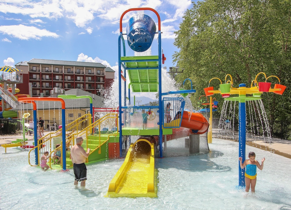 Children's Pool, Country Cascades Waterpark Resort