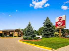 Best Western Plus Guildwood Inn