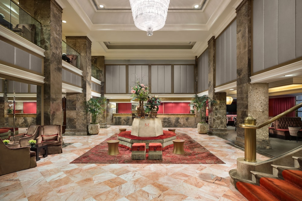 Lobby Sitting Area, The Michelangelo Hotel