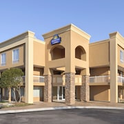Days Inn by Wyndham Greenville