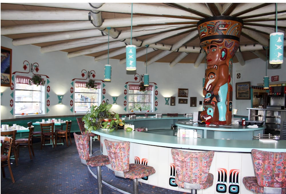 Bar, Kachina Lodge