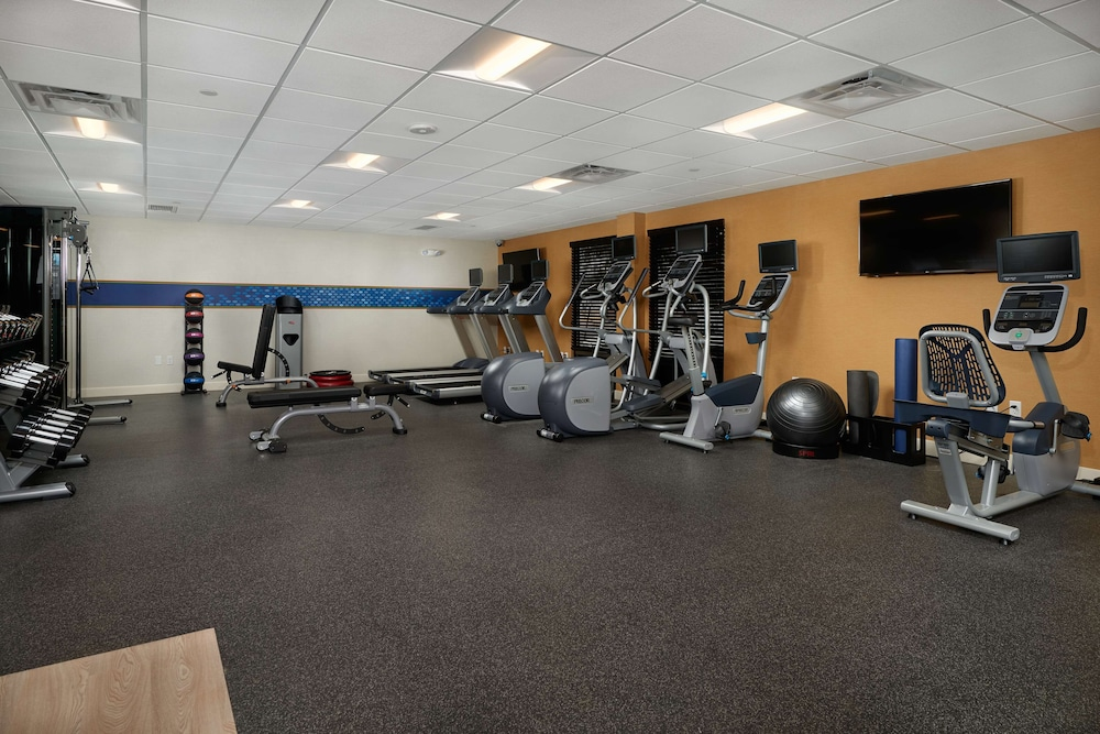Fitness Facility, Hampton Inn & Suites Scottsdale on Shea Blvd