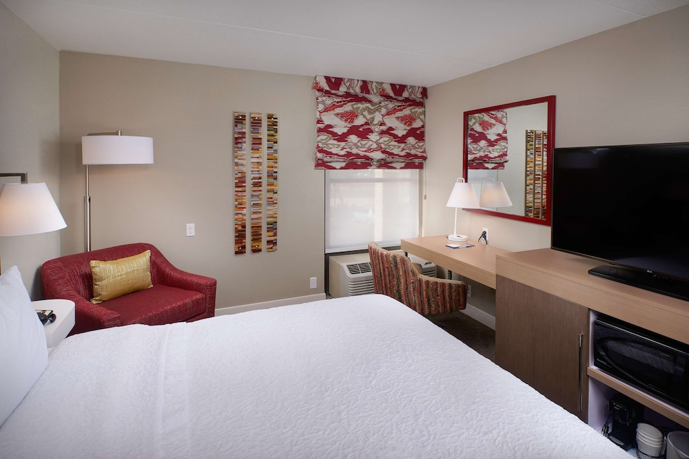 Room, Hampton Inn & Suites Scottsdale on Shea Blvd