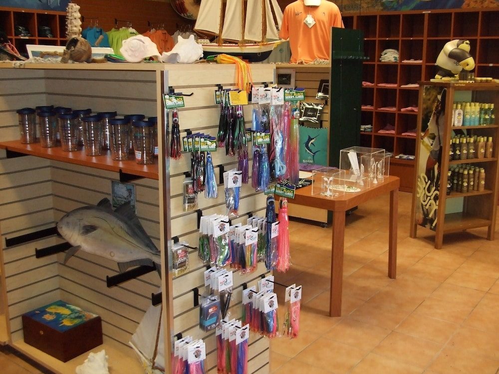 Gift Shop, Bimini Big Game Club Resort & Marina