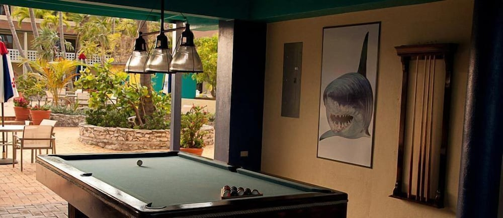 Billiards, Bimini Big Game Club Resort & Marina