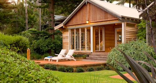 Kims Beachside Lodges