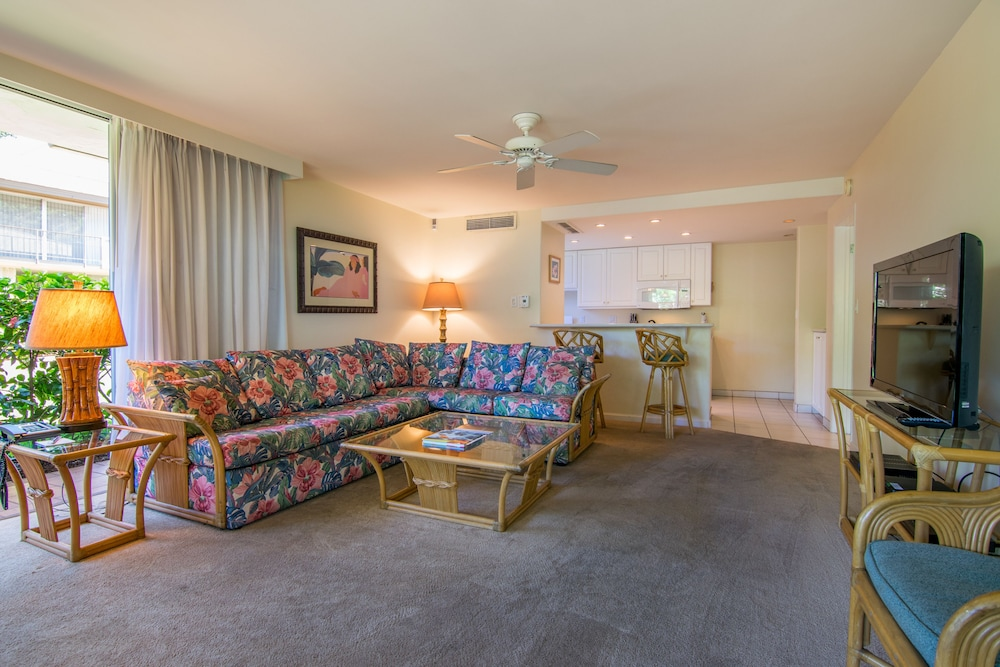Living Room, Kaanapali Maui at the Eldorado by Outrigger