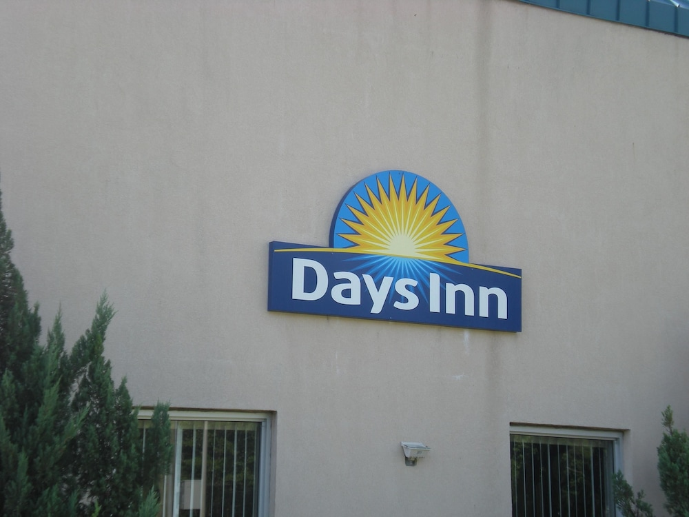 Front of Property, Days Inn by Wyndham West Point