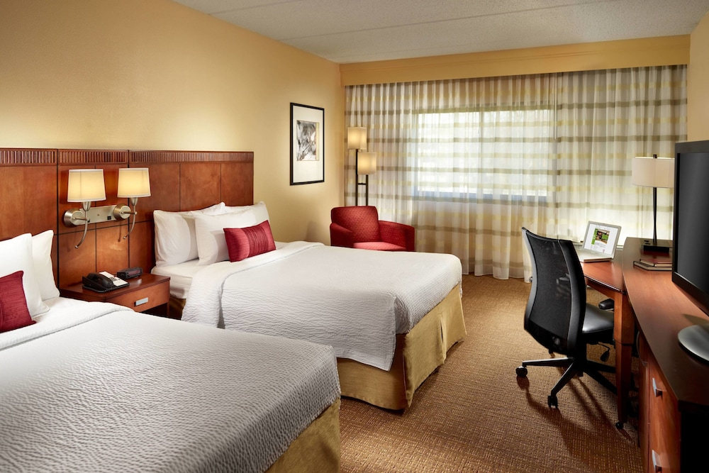 Room, Courtyard by Marriott - Atlanta Executive Park/Emory