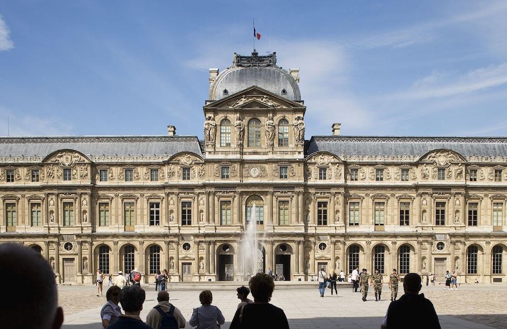 Book Timhotel Le Louvre Paris Hotel Deals