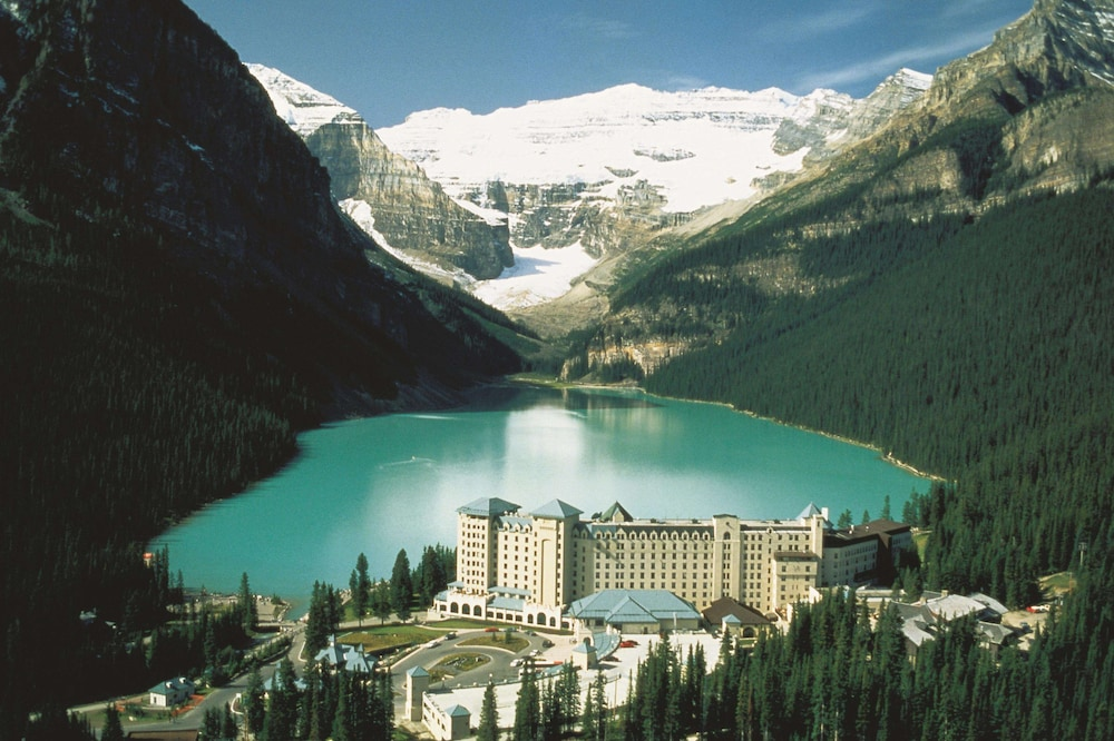 Fairmont Chateau Lake Louise In Lake Louise Hotel Rates Reviews On Orbitz