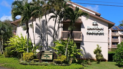 Banyan Harbor Resort