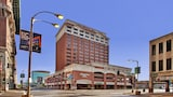 Hampton Inn Gateway Arch Downtown - St. Louis Hotels