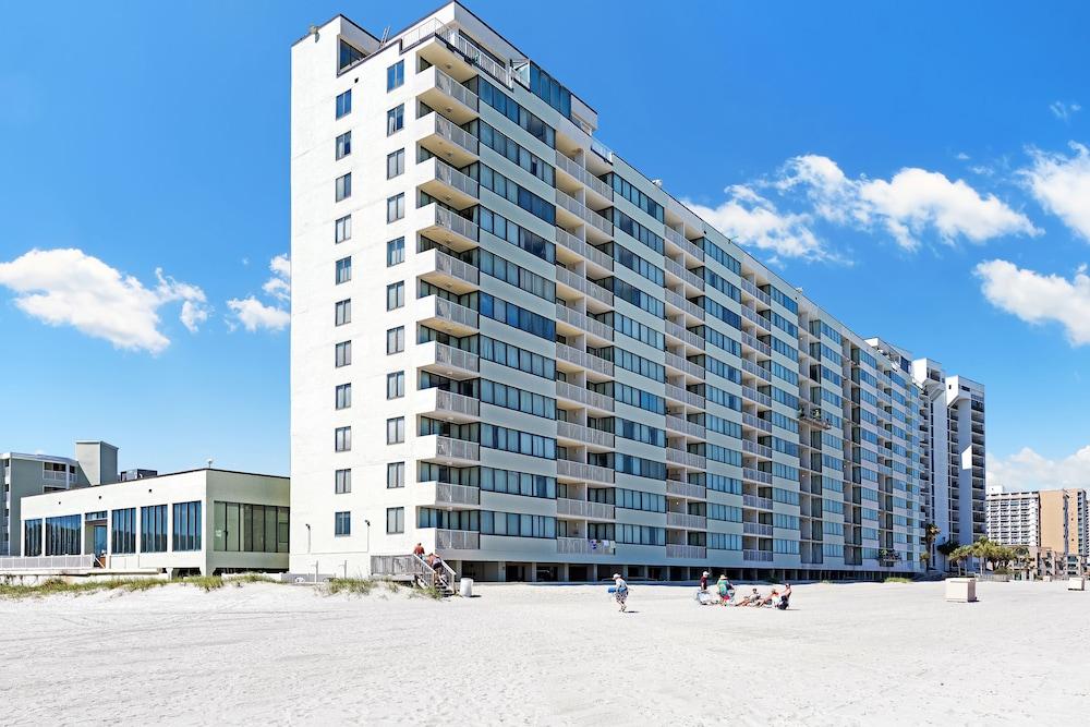 Sands Beach Club Resort in Myrtle Beach, SC | Expedia