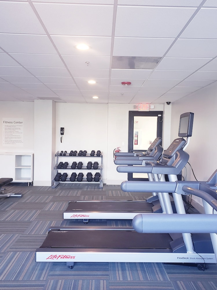 Fitness Facility, Holiday Inn Express & Suites Miami - Hialeah