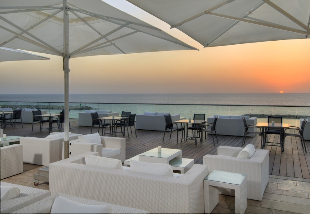 Terrace/Patio, Hilton Tel Aviv
