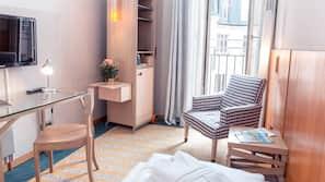 Allergikerbettwaren, Zimmersafe, laptopgeeigneter Arbeitsplatz