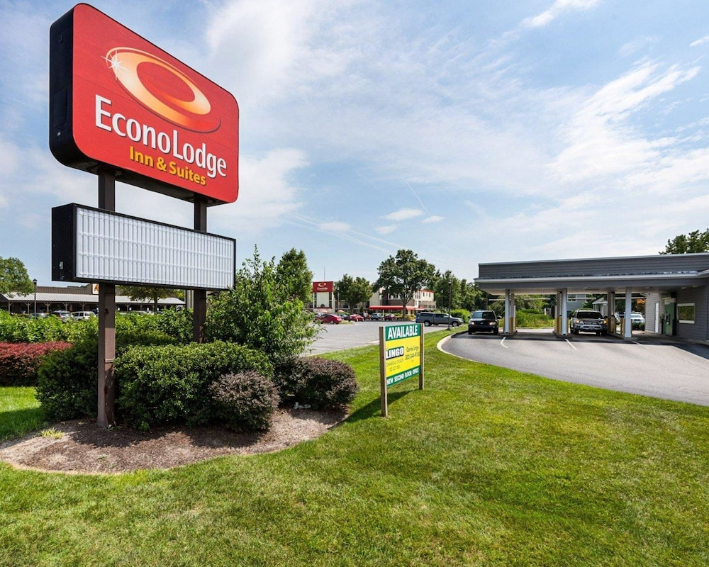 Featured Image, Econo Lodge Inn & Suites Rehoboth Beach