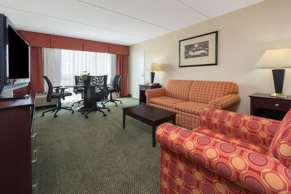 Room, Holiday Inn Philadelphia-Cherry Hill