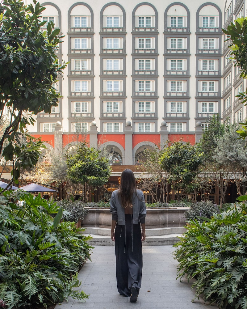 Courtyard, Four Seasons Hotel Mexico City