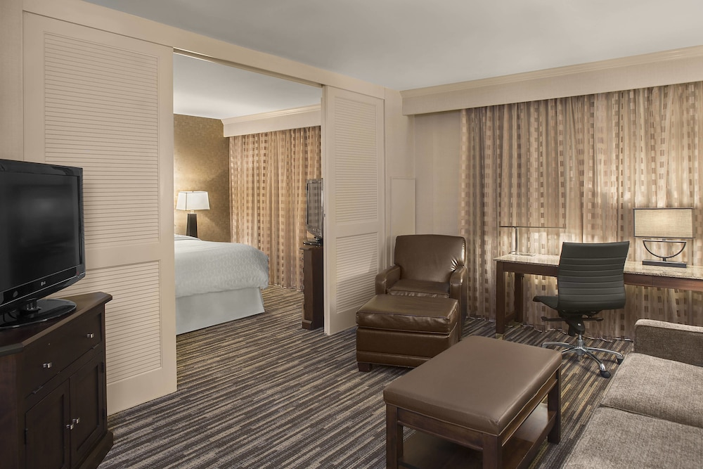 Room, Sheraton Suites Akron Cuyahoga Falls