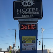 Route 66 Hotel And Conference