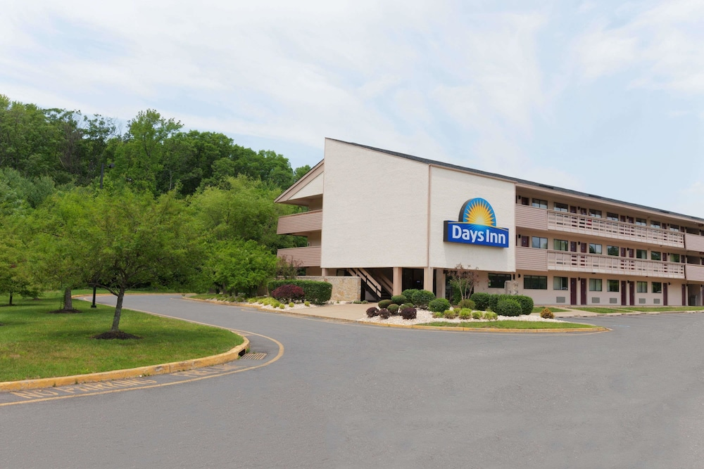 Exterior, Days Inn by Wyndham Monmouth Junction Princeton