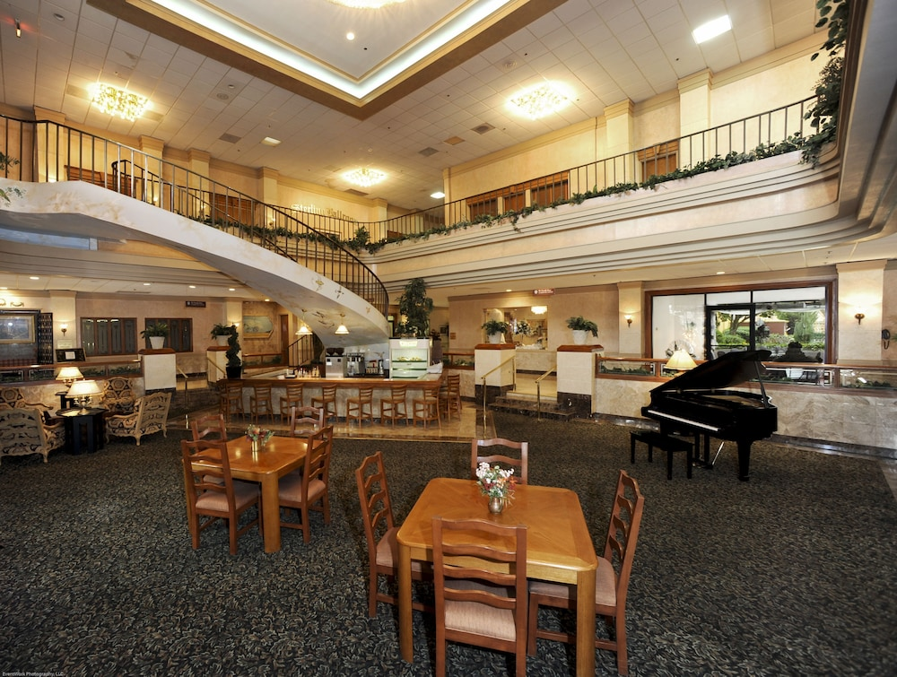 Sterling Hotel Dallas 2 5 Out Of 0 Meeting Facility Featured Image Lobby