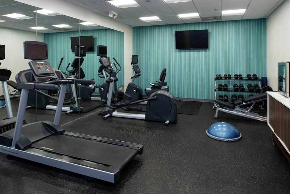 Fitness Facility, Holiday Inn Express Los Angeles Downtown West