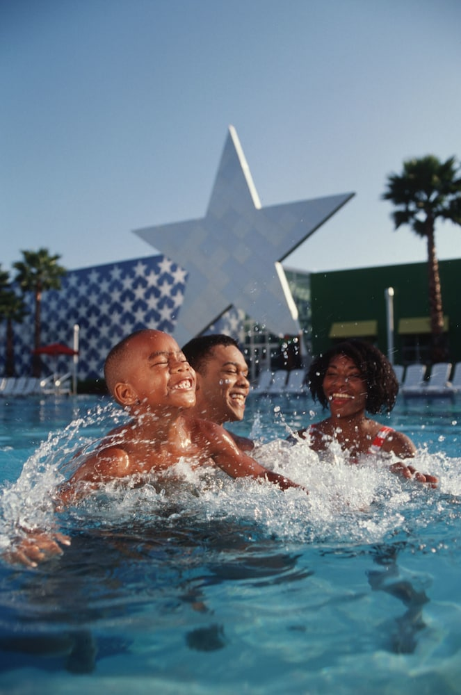 Outdoor Pool, Disney's All-Star Sports Resort