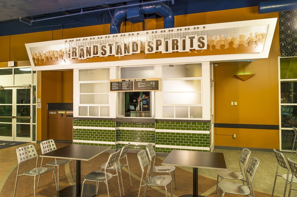 Bar, Disney's All-Star Sports Resort