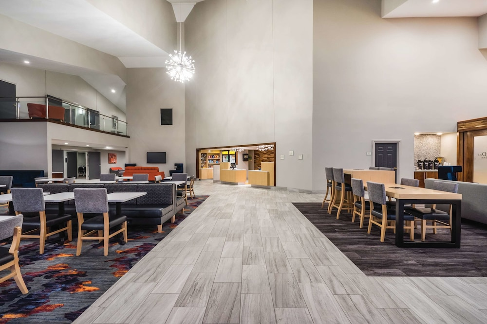 Bar, La Quinta Inn & Suites by Wyndham Chattanooga-Hamilton Place