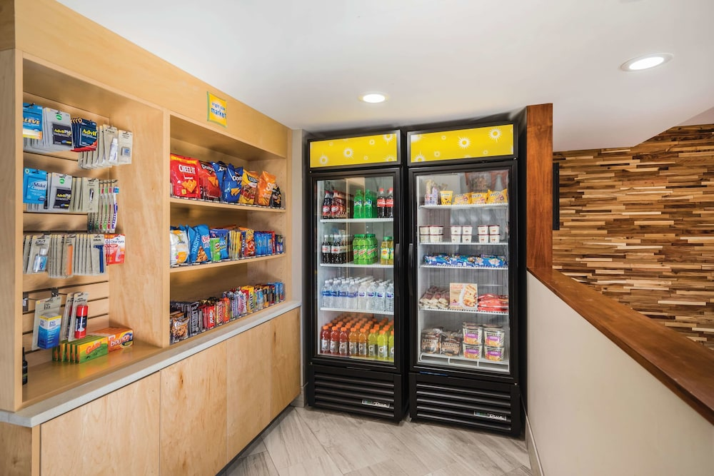Property Amenity, La Quinta Inn & Suites by Wyndham Chattanooga-Hamilton Place