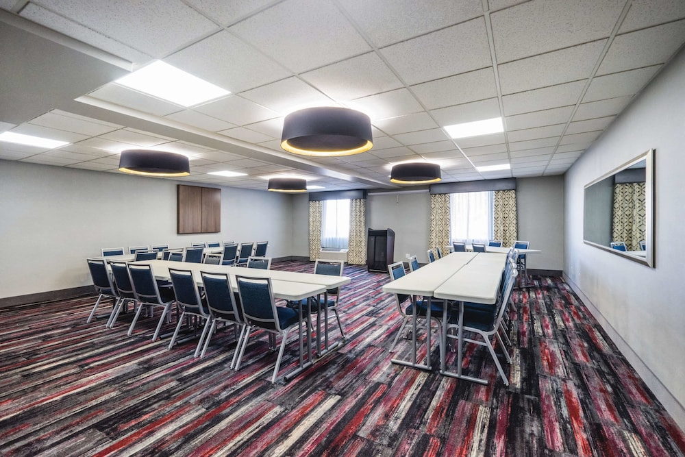 Meeting Facility, La Quinta Inn & Suites by Wyndham Chattanooga-Hamilton Place