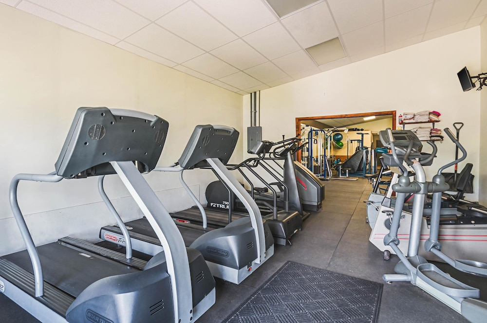 Fitness Facility, Quality Inn & Suites Frostburg-Cumberland