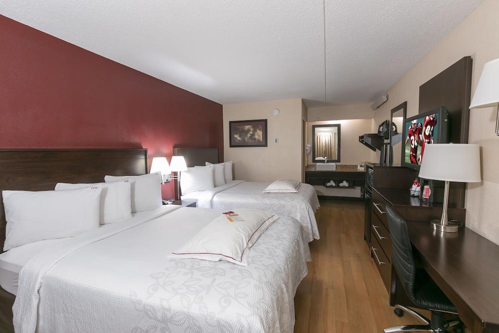 Red Roof Inn Plus Mt Pleasant Patriots Point 2019 Room