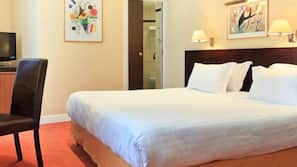 In-room safe, soundproofing, iron/ironing board, free cribs/infant beds