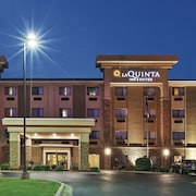 La Quinta Inn & Suites by Wyndham Midwest City - Tinker AFB