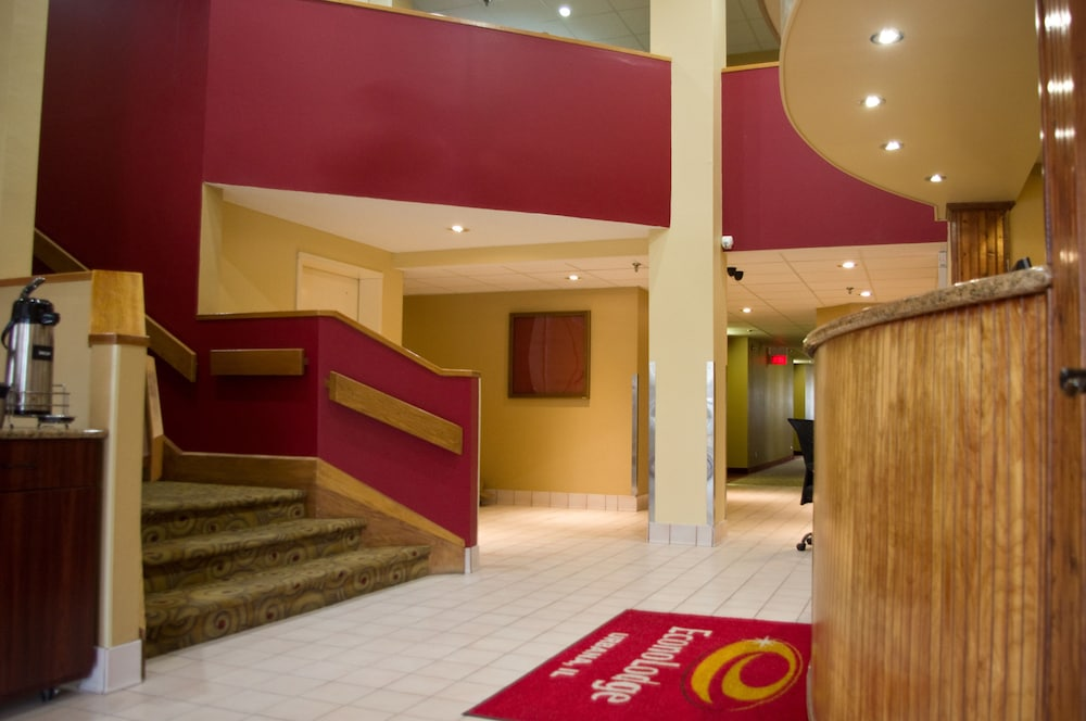 Featured Image Interior Entrance ...