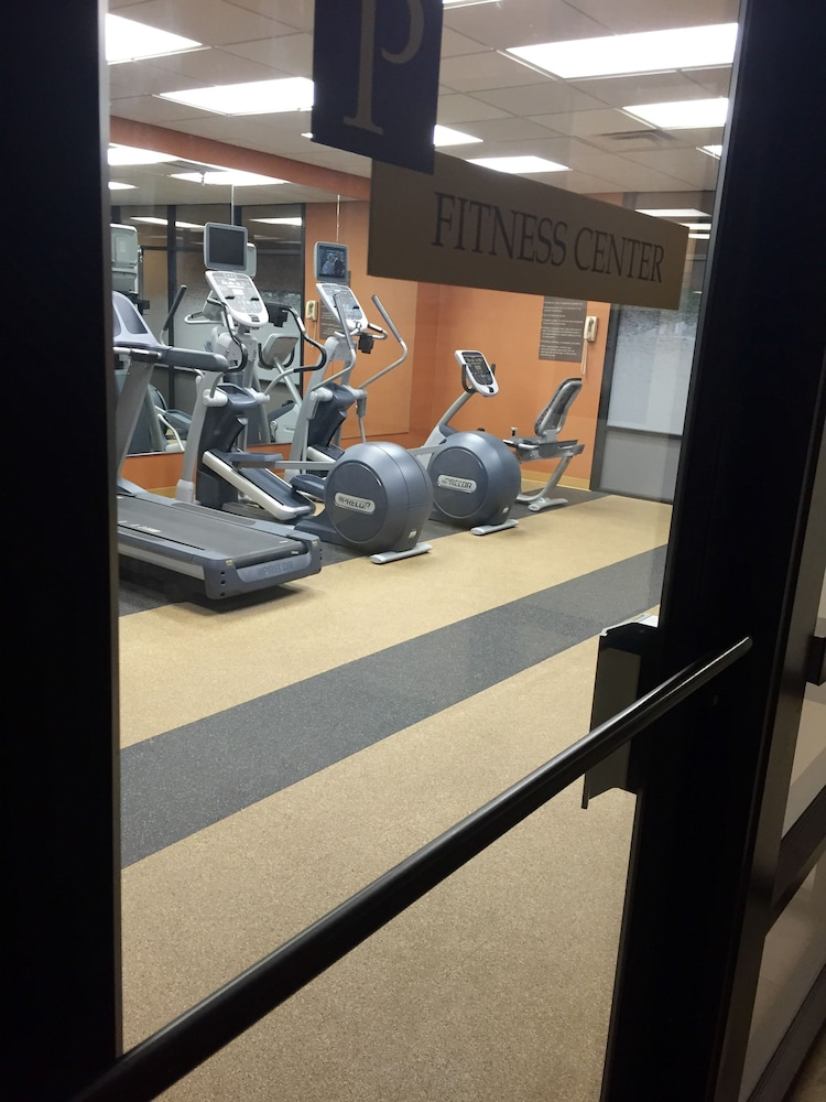 Fitness Facility, University Plaza Hotel and Convention Center Springfield