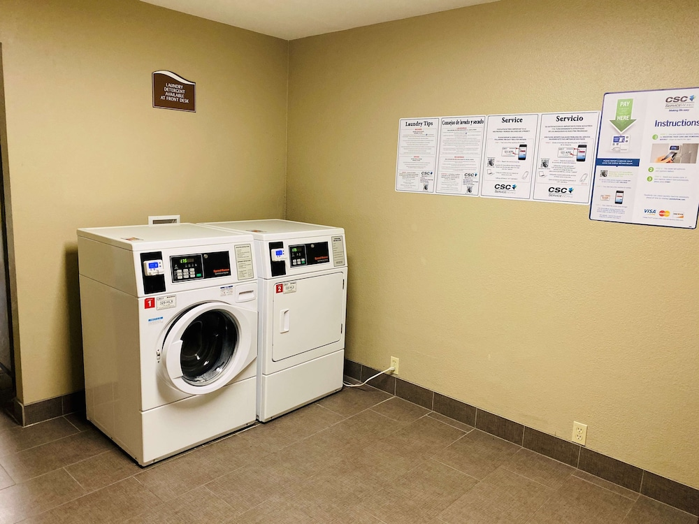 Laundry Room, Best Western Ingram Park Inn