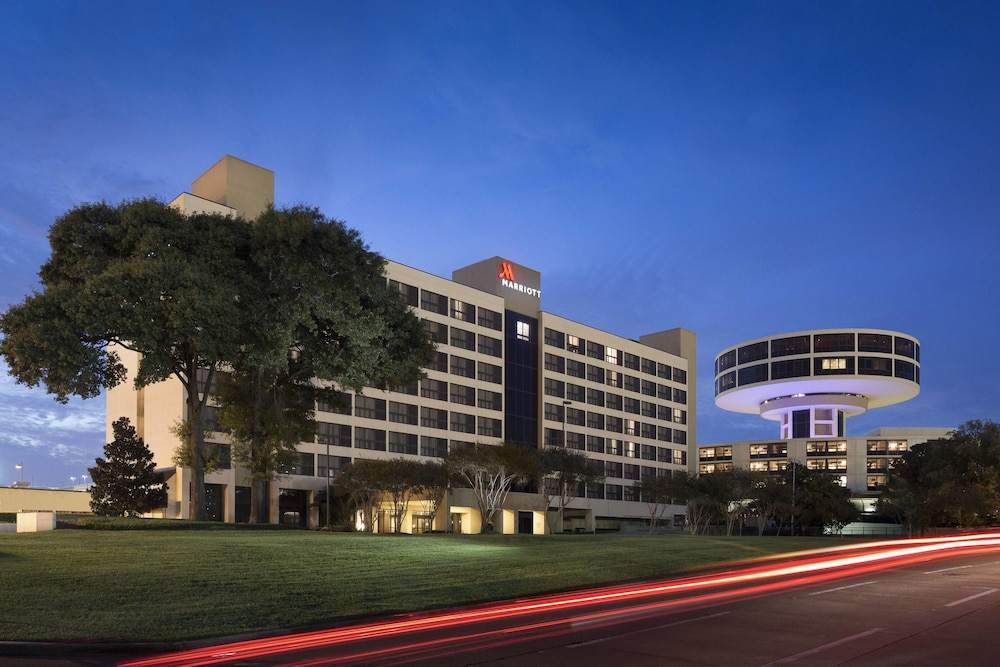 Houston Airport Marriott at George Bush Intercontinental: 2019 Room ...